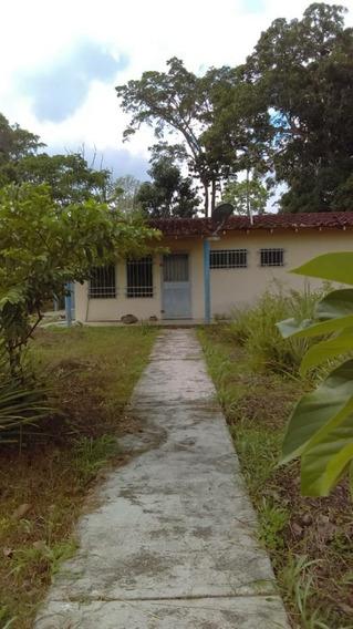 Casa En Venta En Rio Chico