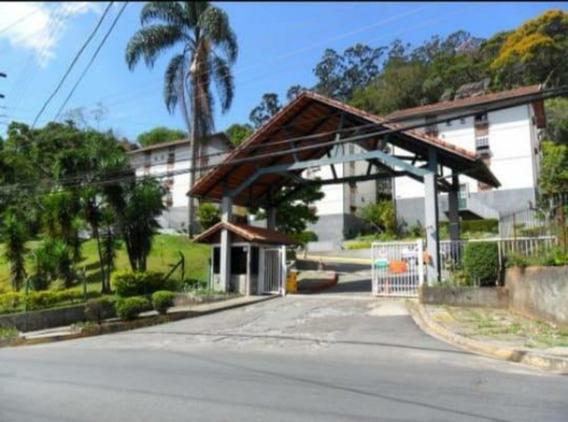 Apartamento Com Dois Quartos No Condomínio Serra Ville