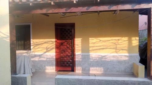 Imagem 1 de 14 de Casa Três Quartos, Piscina, Churrasqueira, Quintal,  Terraço
