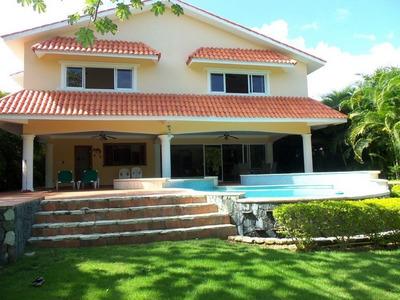 Citymax Platinum Vende Villa Dos Niveles Metro Country Club