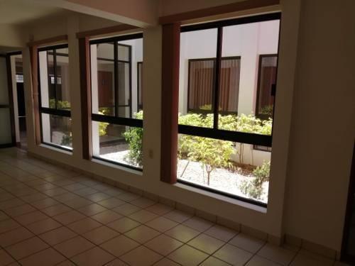 Se Renta Amplia Casa Ideal Para Oficina O Consultorios, Oaxaca, Oax.