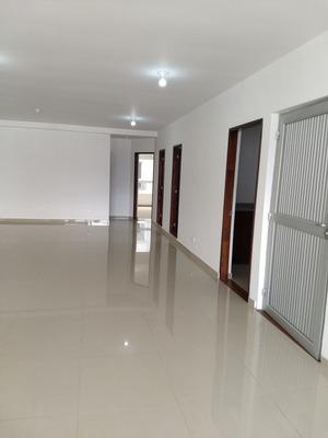 Renta De Oficina Comercial Céntrica En Pereira
