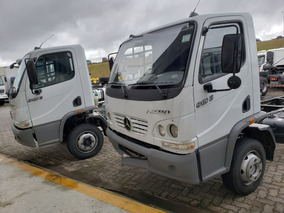 Mercedes-benz Mb 915 4x2 Chassi Ano 2010 / Financiamos
