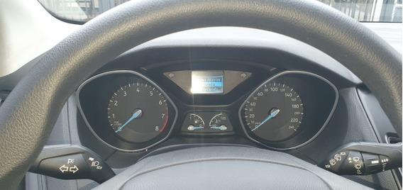Ford Focus 5 Puertas 1.6 S