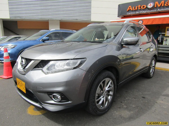Nissan X-trail T32 2.5 At 4wd