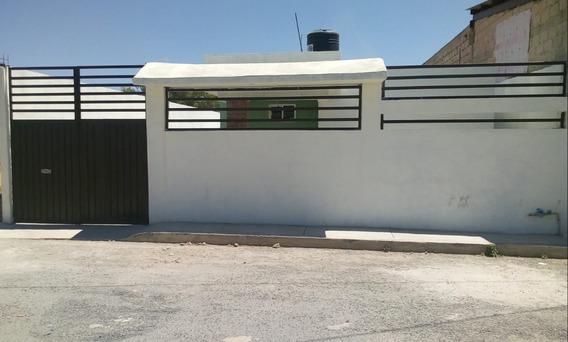 2 Casas De 2 Recámaras , Estancia, 1 Baño, C/u, Cochera