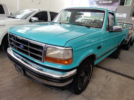 Pick Up Ford F-250 1995 Estandar 5.0l Cambio