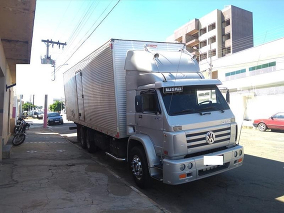 Vw 23220 6x2 Truck Baú
