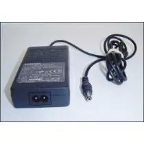 Fonte Notebook Toshiba Model: Pa2440u 15v 2a Usada