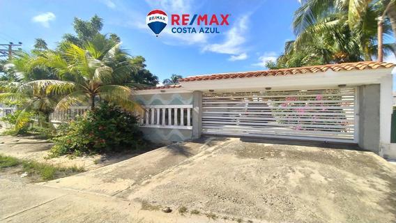 Remax Costa Azul Vende Casa En Ciudad Flamingo De 740m2