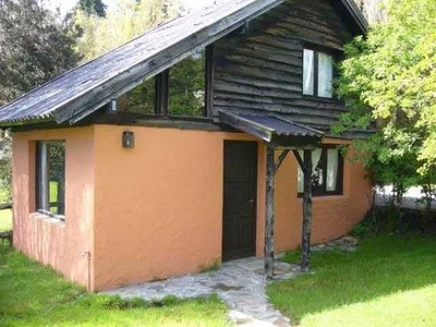 Simpatica Cabaña En Bariloche (whatsapp 294 4533811)