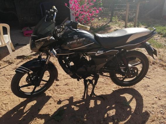 Moto Bajaj Xcd 125 Modelo 2010