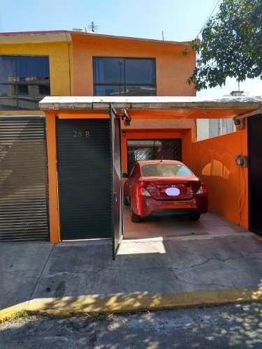 Impecable Duplex De 3 Recámaras Y 1 Estacionamiento