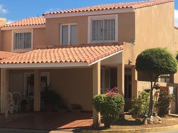 Villa Cerrada Alq Caminos Del Doral Maracaibo Api 28970 Nmen