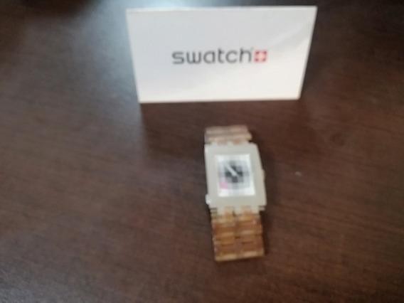 Reloj Para Dama Swatch Blanco De Plástico