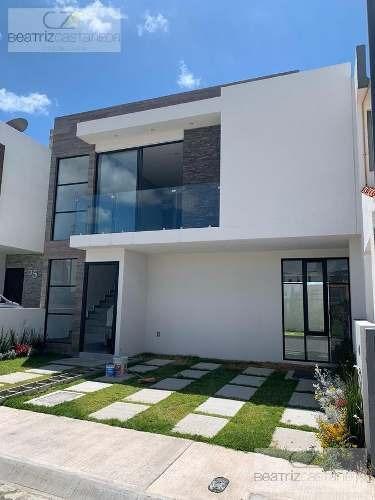 Casa Nueva Dos Niveles, Fracc. Quinta La Concepción, Cerca De La Salle