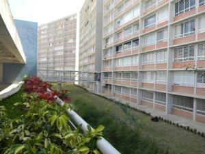 Marco A 19-18033 Apartamento En El Encantado Humboldt Caraca