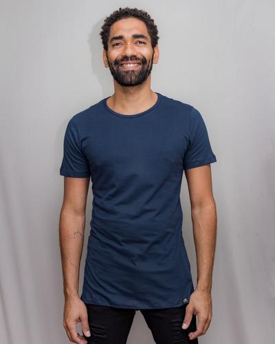 Camiseta Long Line Básica Alongada