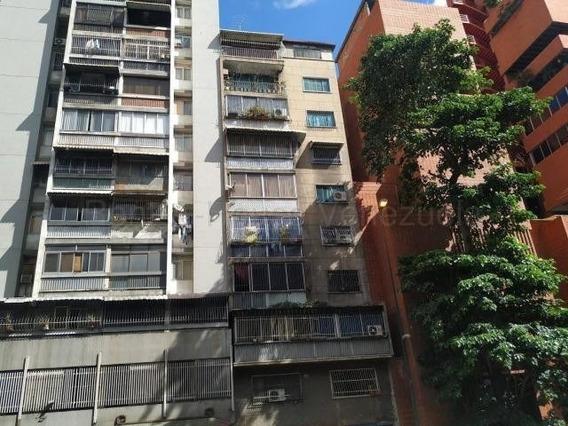 Ramiro E. Ruiz Vende Apto En La Candelaria Mls #20-7160