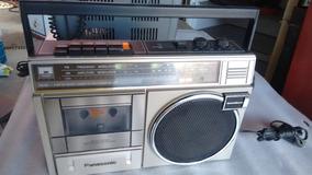 Radio Portátil Vintage.