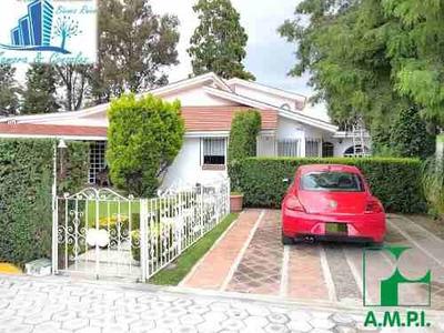 Casa En Venta De Un Nivel Estilo Mexicano Con Gran Jardin Ub
