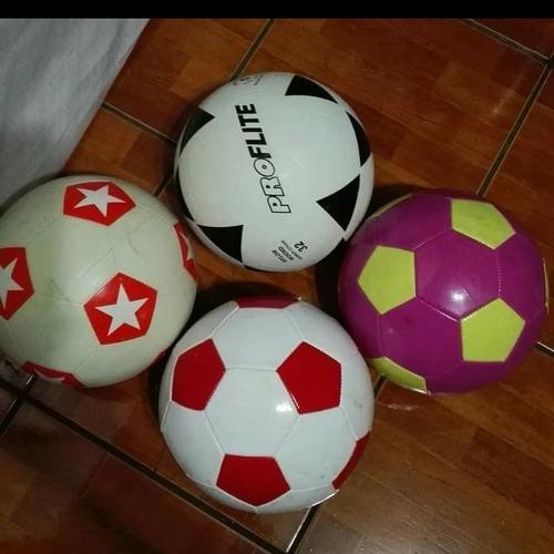 Pelotas De Fútbol