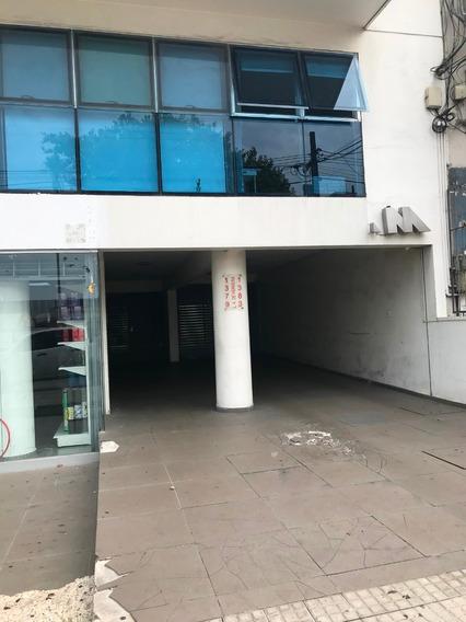 Monoambiente Frente A Montevideo Shopping