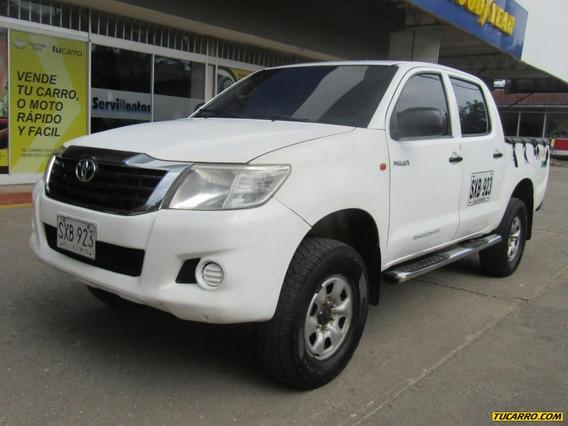 Toyota Hilux 4x4 Mt 2500cc