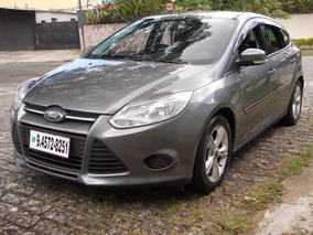Ford Focus 1.6 S 2014