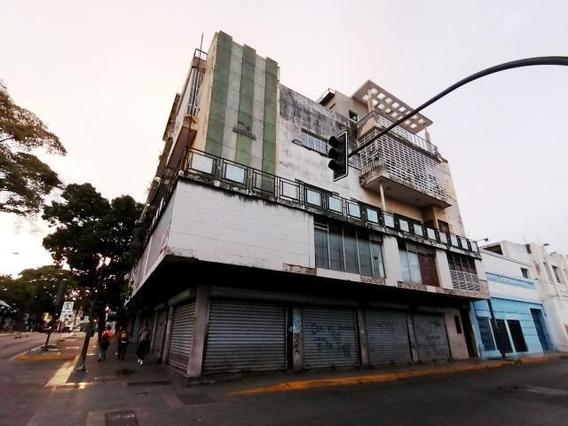Apartamentos En Venta En El Centro De Barquisimeto 20-106
