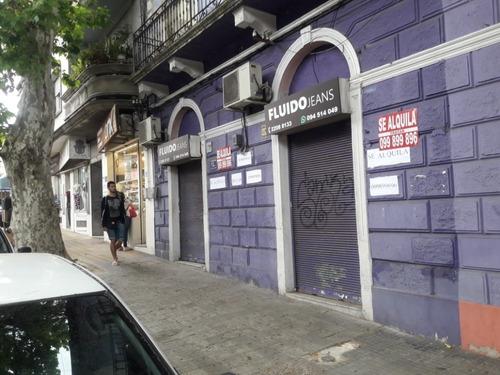 Local En Domingo Aramburu Casi Arenal Grande Y Emilio Reus