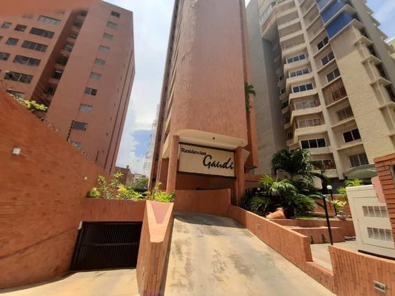 Espectacular Apartamento En Alquiler Bg