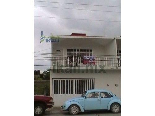 En La Calle Plutarco Elías Calles 43-a, Col.adolfo Ruiz Cortines, 92880,casas En Venta Nuevas En Tuxpan Veracruz. Cuenta Con Cisterna De 4000 Litros De Agua Aparte Del Tinaco, Todas Las Ventanas Y P