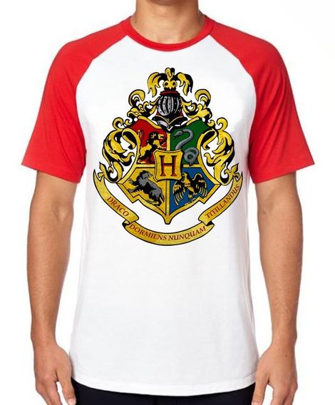 Camiseta Luxo Hogwarts Harry Potter Símbolo Colorido Filme