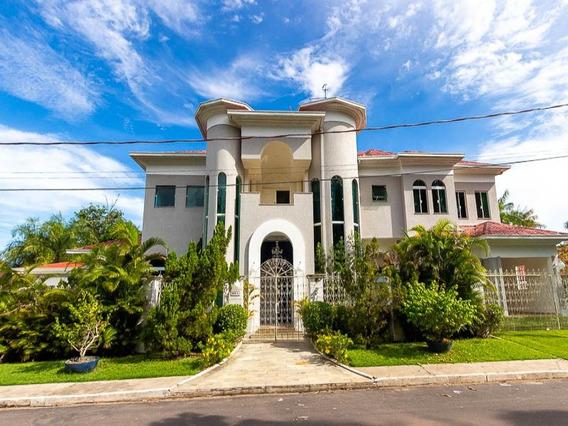 Casa Localizada Na Ponta Negra Com 745 M², 3 Suítes, 2 Salas, 2 Banheiros E 3 Dormitórios - Itaporanga - 33962476