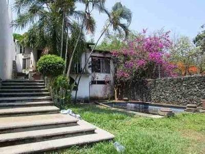 B3228-casa En Privada, Estilo Colonial