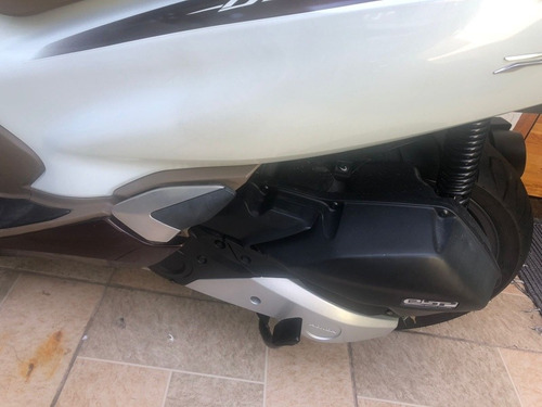 Imagem 1 de 7 de Honda Pcx Dlx 2020