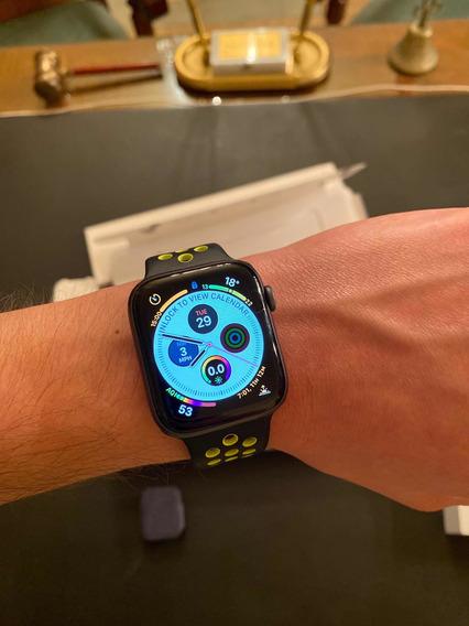 Apple Watch Series 4 44mm Correa Nike