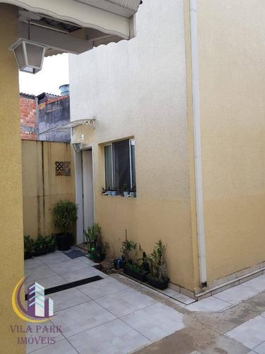 Sobrado Independente  2 Dormitórios 65 M², Moveis Planejados, 01 Vaga Fixa - So0645