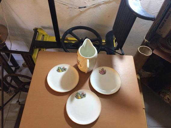 Jgo De 3 Platos Con Jarra De Porcelana Antigua