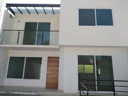Casa En Privada En Lomas De Atzingo, Cuernavaca, Morelos