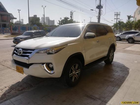 Toyota Fortuner Srv 4x2