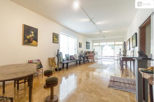 Imagem 1 de 15 de Aluguel De Casa Com 868m² E 7 Quartos  - 12312