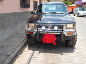 Pick Up Toyota 1993 4 X 4 Ajustada Y Pintada (perfecta)