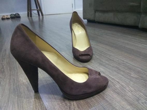 Sapatos Prada, Louis Vuitton, Jimmy Chooo