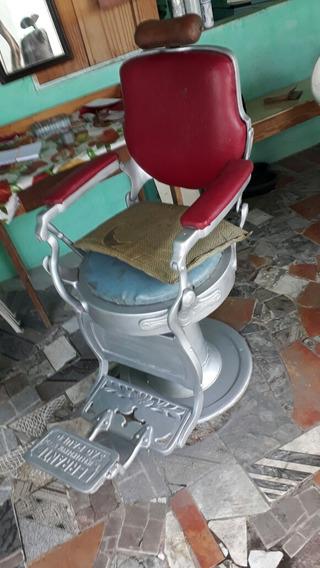 Cadeira De Barbeiro De 1940