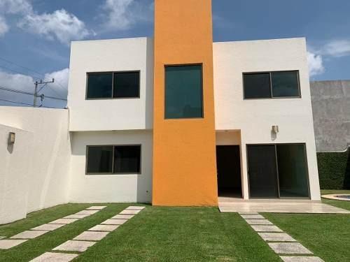 Renta De Casa En Condominio, Sumiya, Jiutepec