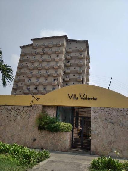 Yulymar Barboza Vende Apt, En Base Aragaua 04149448811