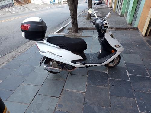 Suzuki 2015