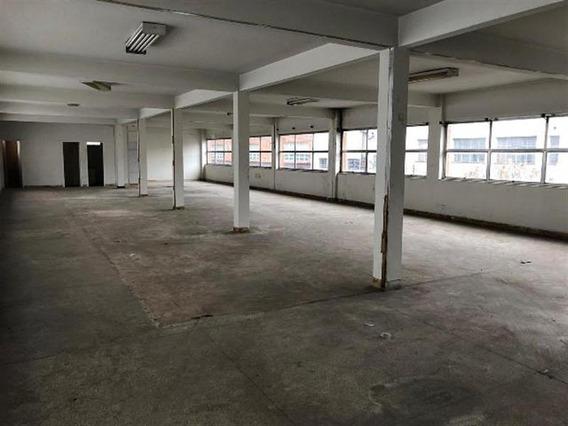 Salão De Esquina Com 1.450 M² De Área Construída. - 13353